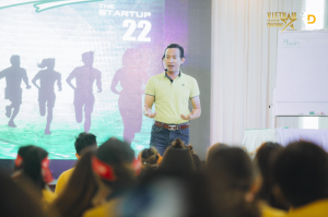 VSC ĐÀO TẠO THE START UP 22 - WE CHANGE WE LEAD
